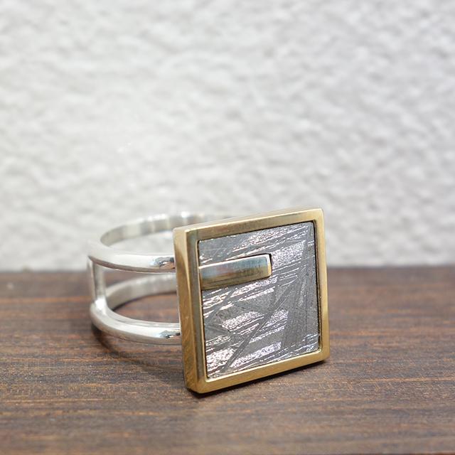 Bague météorite
